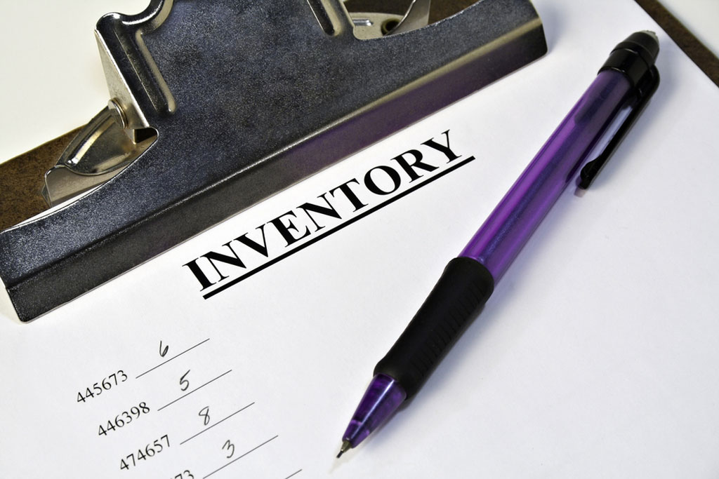 how to keep track of inventory manually