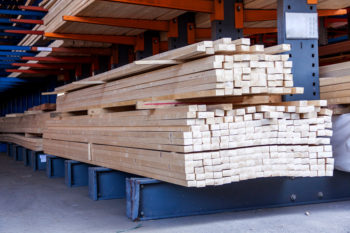 Streamline and manage purchasing with lumber inventory software