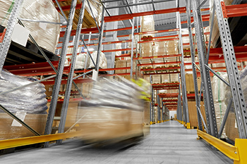 Supply chain management software for small business improves warehouse efficiency